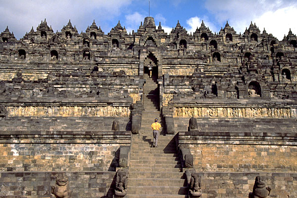 Indonesia-Borobudur-monument-temple